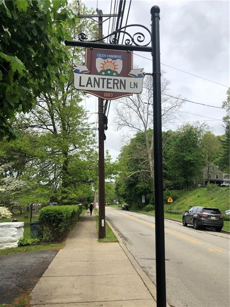 400  Lantern Lane